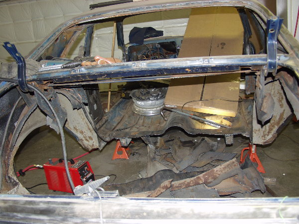 Click image for larger version  Name:08_Gutted rear.JPG Views:375 Size:96.4 KB ID:70660
