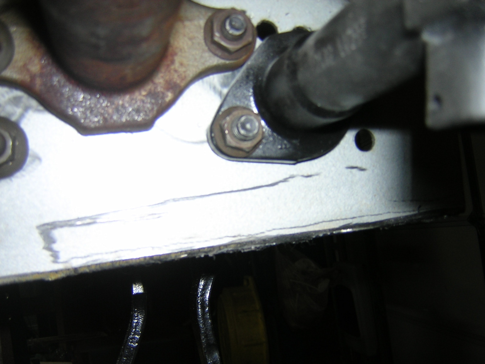 Click image for larger version  Name:09. Clutch MC bolt.JPG Views:77 Size:299.8 KB ID:59248