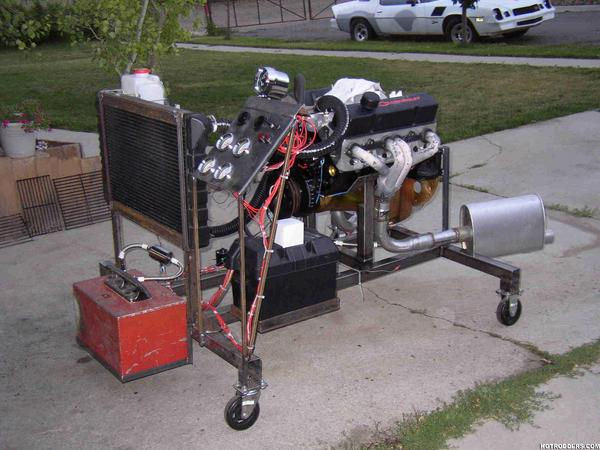 Click image for larger version  Name:10653engine_stand_front-med.jpg Views:1343 Size:50.3 KB ID:3164