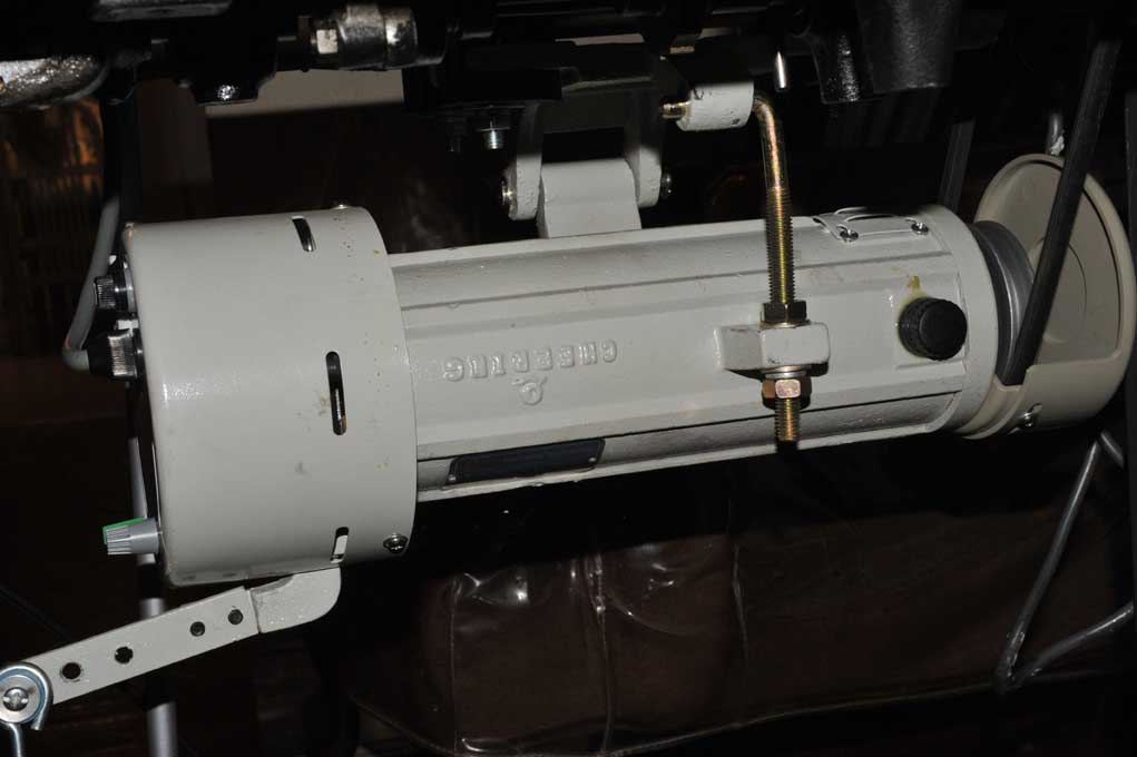 Click image for larger version  Name:111w153motor.jpg Views:329 Size:70.8 KB ID:43835