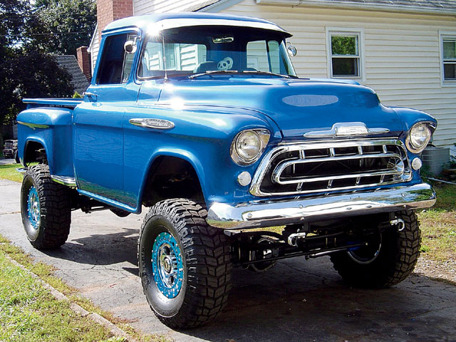 Click image for larger version  Name:129_0801_46_z+1957_chevy_pickup+front_view.jpg Views:107 Size:116.4 KB ID:70443