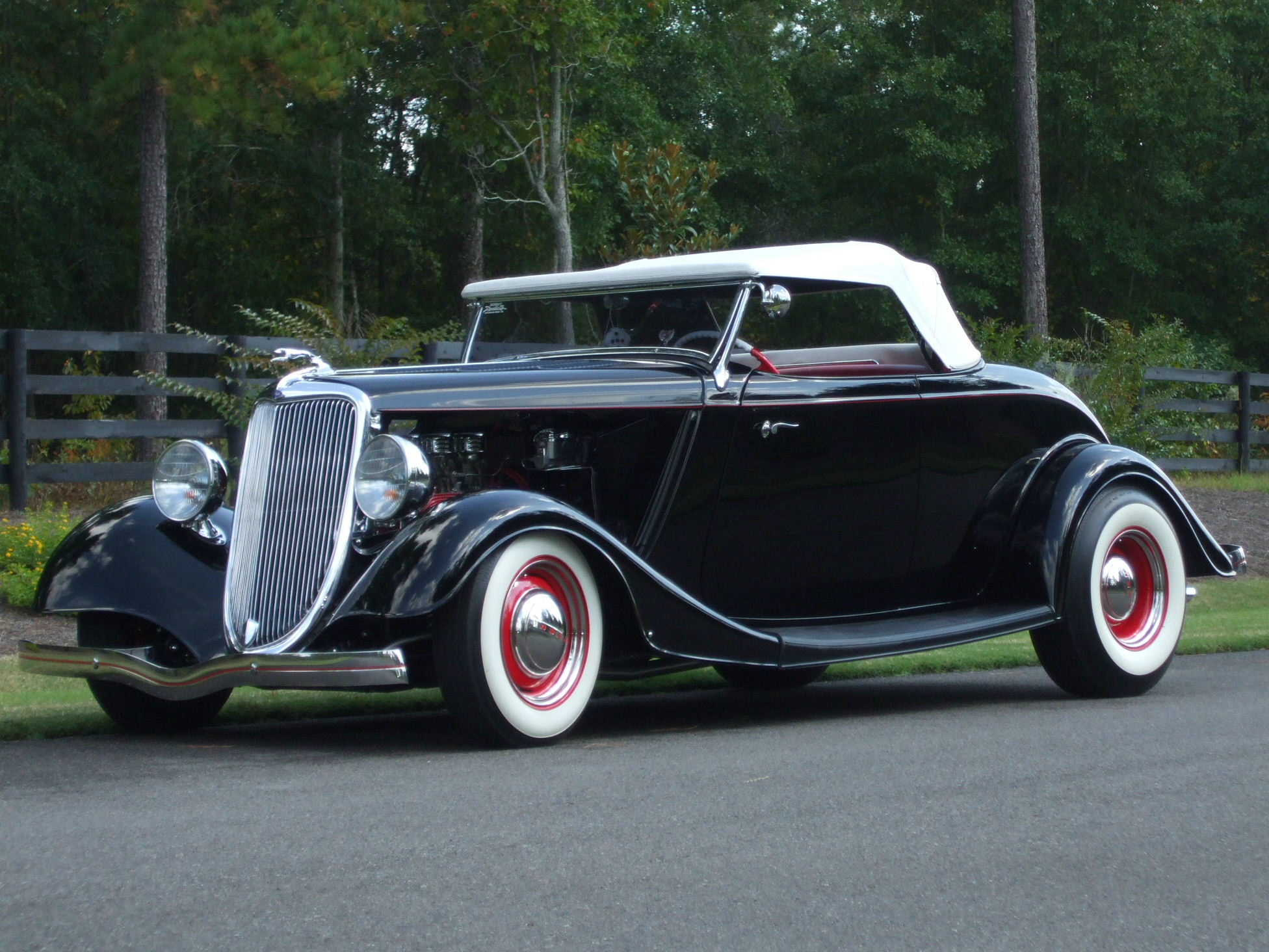 Click image for larger version  Name:1934 Roadster Top.JPG Views:1138 Size:236.4 KB ID:38019