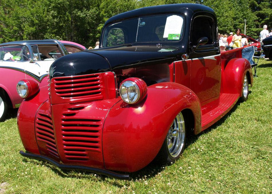 Click image for larger version  Name:1940 Dodge street rod fsvd=KRM.JPG Views:83 Size:225.5 KB ID:23452