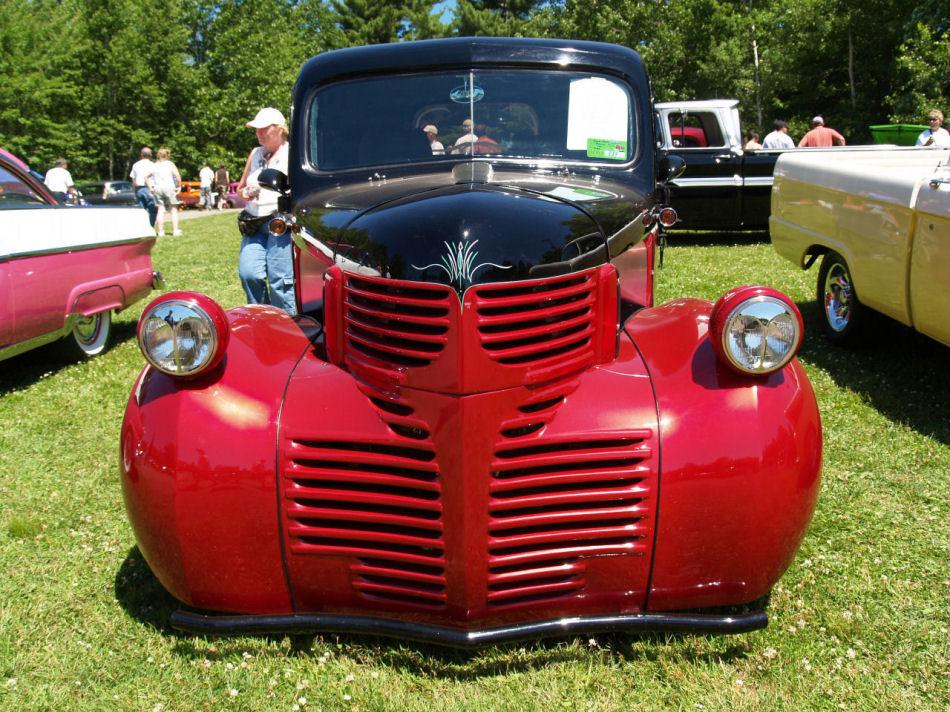 Click image for larger version  Name:1940 Dodge street rod fv=KRM.JPG Views:81 Size:224.3 KB ID:23453