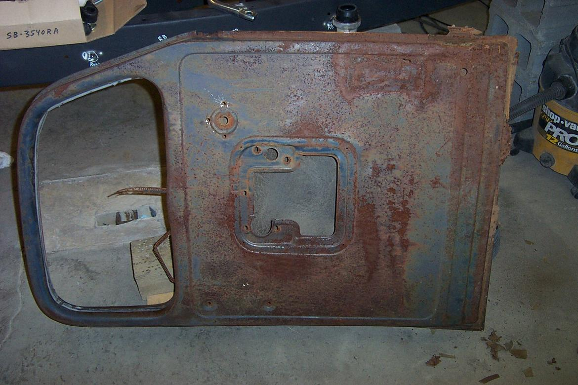 Click image for larger version  Name:1940 ford pickup door.jpg Views:505 Size:145.4 KB ID:7975