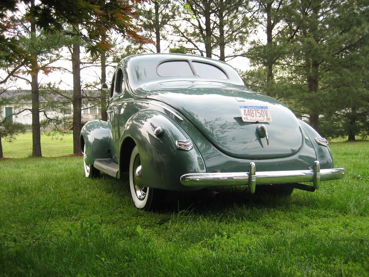 Click image for larger version  Name:1940ford lft rear.jpg Views:149 Size:196.8 KB ID:56450