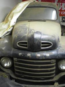 Click image for larger version  Name:1948 Ford F1.jpg Views:175 Size:11.1 KB ID:61845