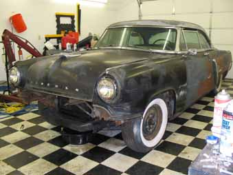 Click image for larger version  Name:1953 lincoln.jpg Views:107 Size:23.7 KB ID:1468