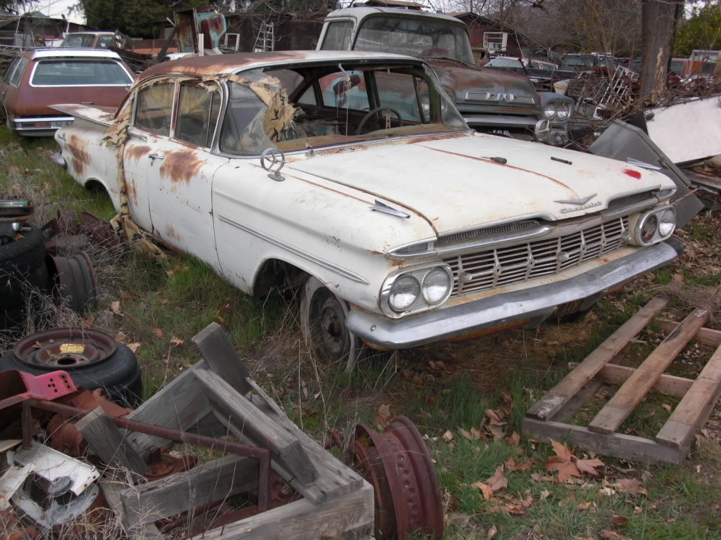 Click image for larger version  Name:1959parts car.jpg Views:73 Size:186.2 KB ID:75845