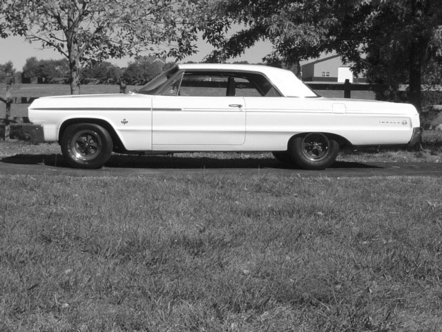 Click image for larger version  Name:1964 Impala SS.jpg Views:158 Size:98.1 KB ID:60696