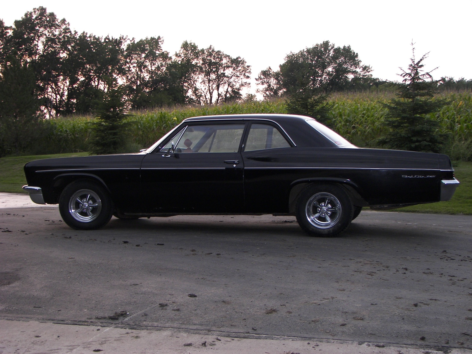 Click image for larger version  Name:1966_chevrolet_bel_air-pic-16353.jpg Views:68 Size:654.1 KB ID:72976