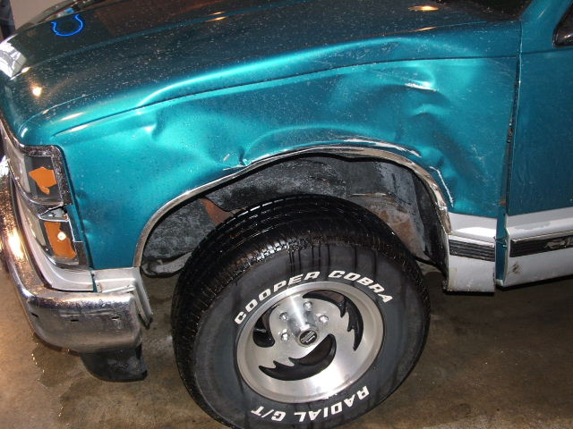 Click image for larger version  Name:2006_0205accident0010JPG.JPG Views:264 Size:80.8 KB ID:9855
