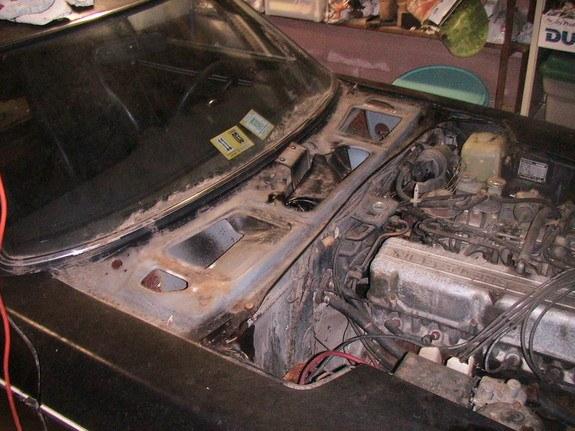 Click image for larger version  Name:24772410009_large radiator resivor bottle.jpg Views:108 Size:76.6 KB ID:73998
