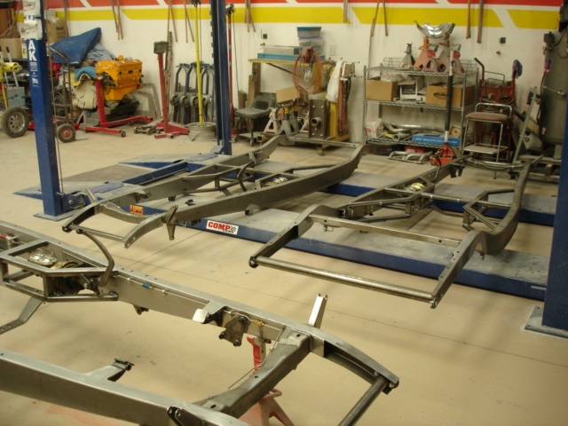 Click image for larger version  Name:32 roadsters build pics 026.jpg Views:133 Size:142.0 KB ID:59334