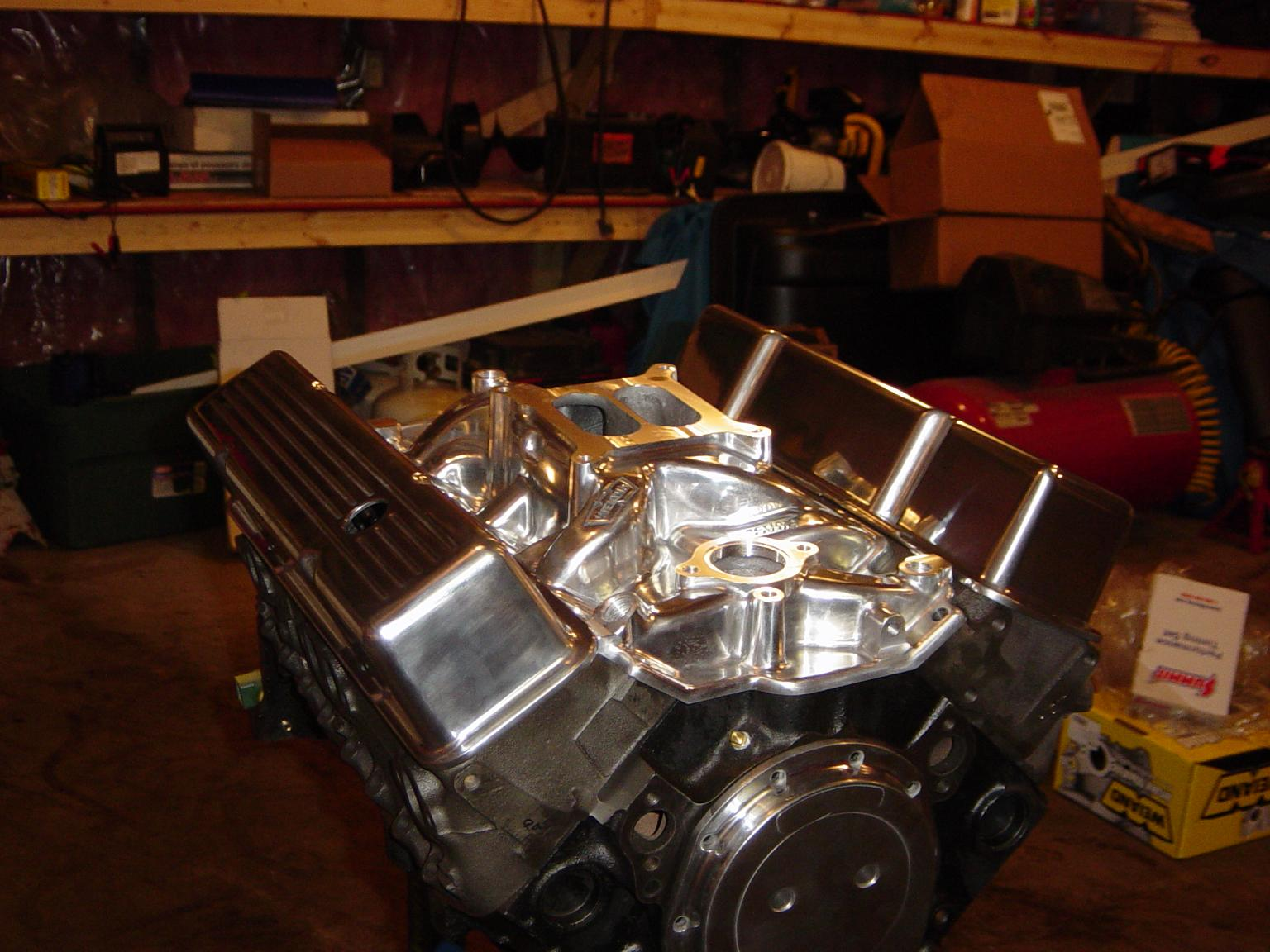 Click image for larger version  Name:383 motor top.JPG Views:198 Size:190.1 KB ID:26821
