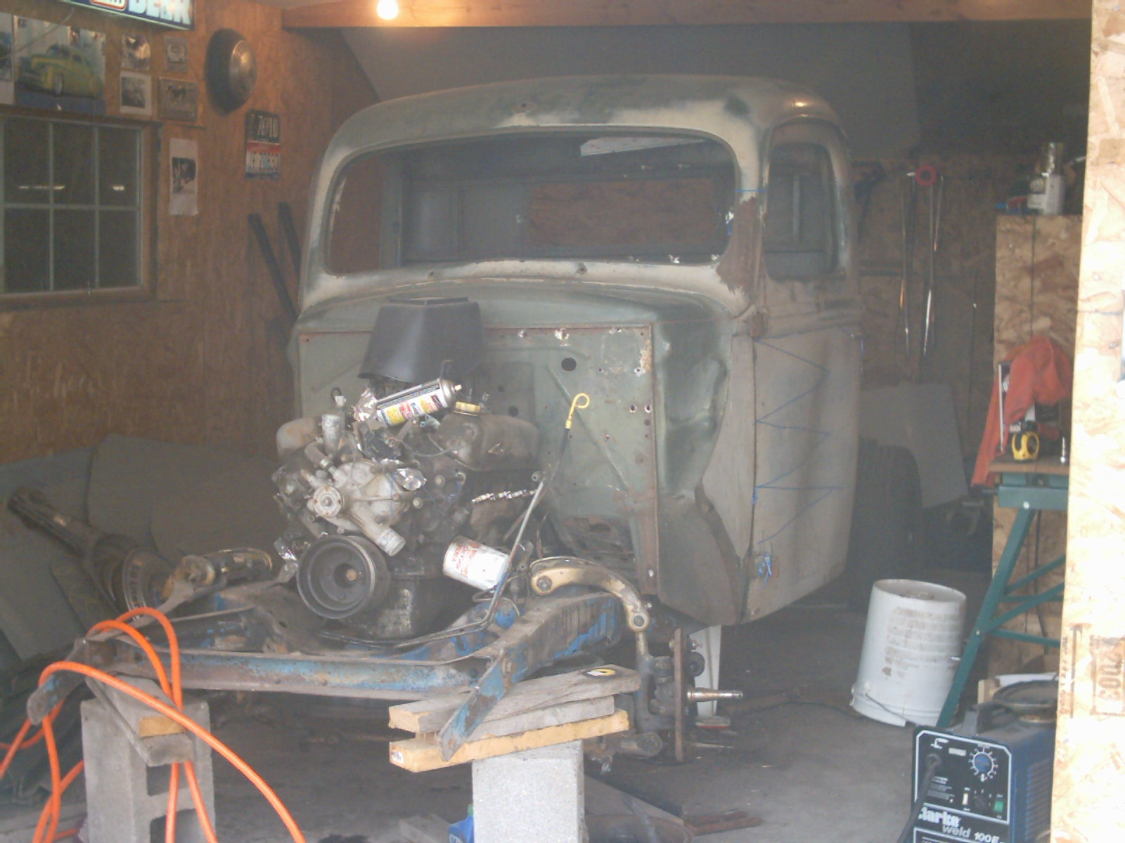 Click image for larger version  Name:40ford 001.jpg Views:82 Size:258.1 KB ID:6903