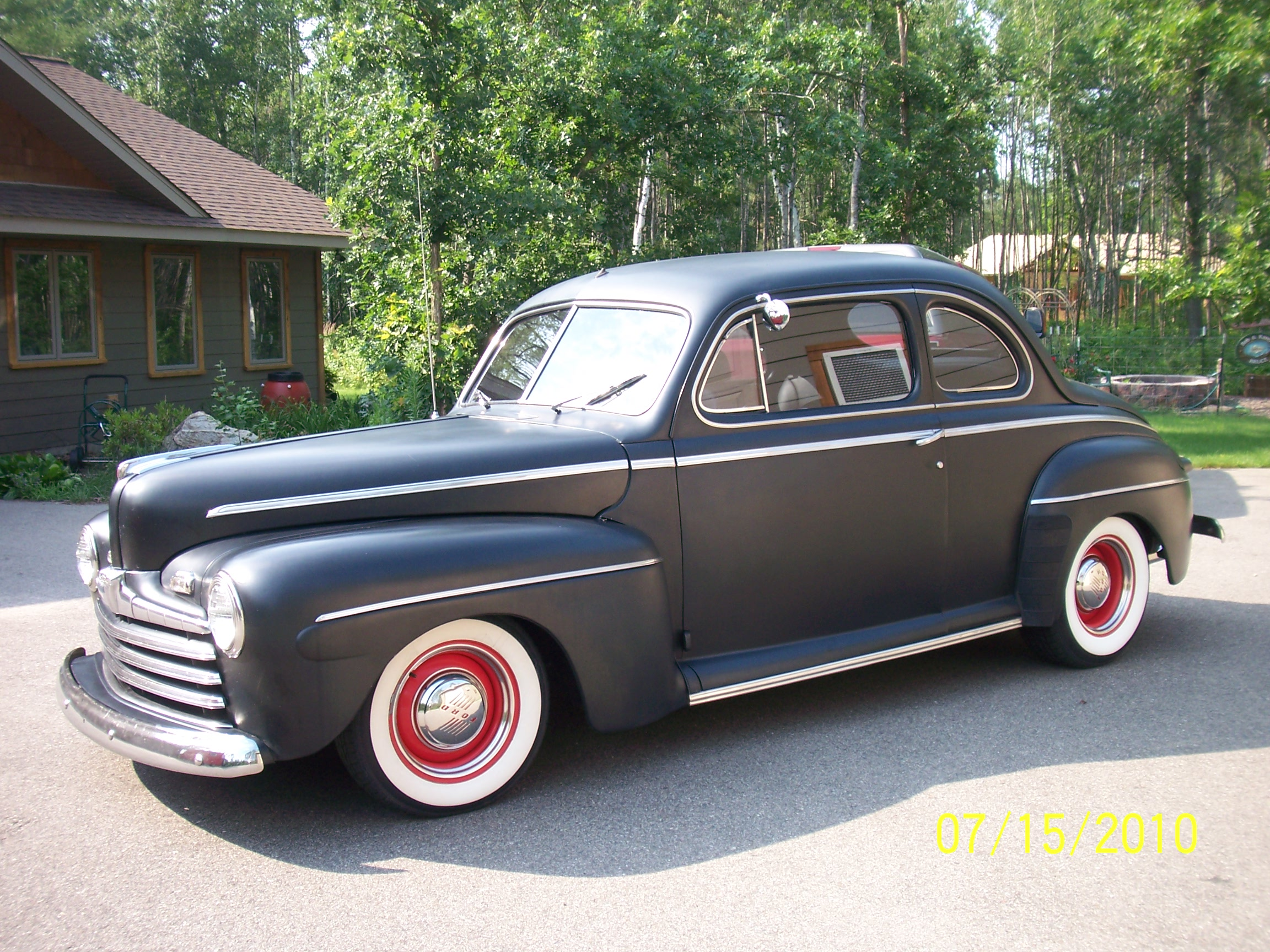 Click image for larger version  Name:46Ford_05.jpg Views:586 Size:1.15 MB ID:56496