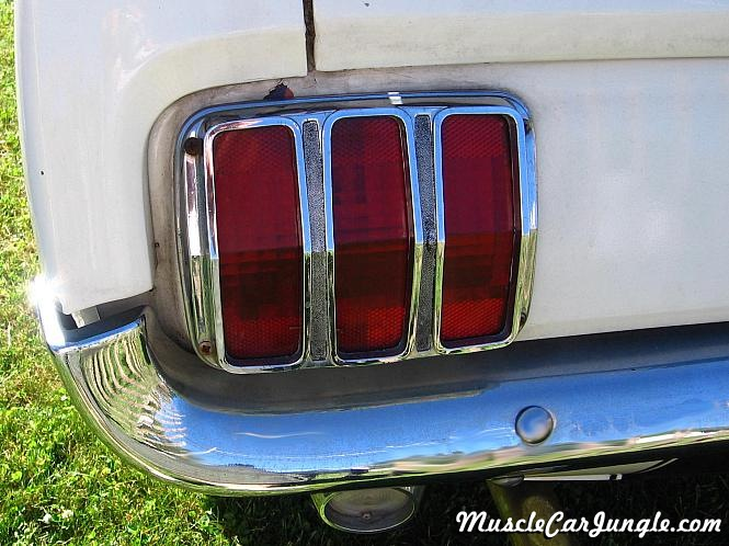 Click image for larger version  Name:66-mustang-white-tail-light.jpg Views:656 Size:110.8 KB ID:67657