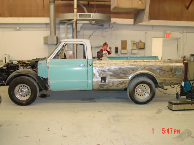 Click image for larger version  Name:69 chevy truck 001.jpg Views:199 Size:60.7 KB ID:7626