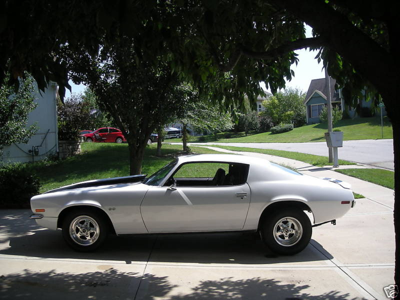Click image for larger version  Name:73 Camaro Driver Side.jpg Views:87 Size:75.1 KB ID:41711
