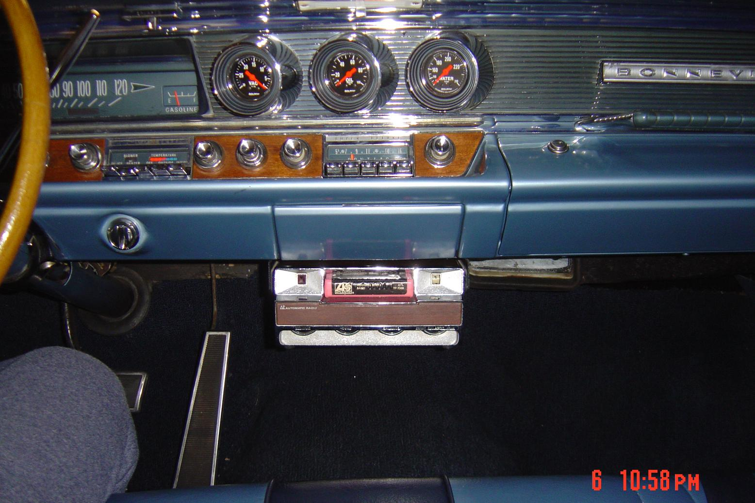 Click image for larger version  Name:8 track interior 001.jpg Views:101 Size:210.7 KB ID:36138