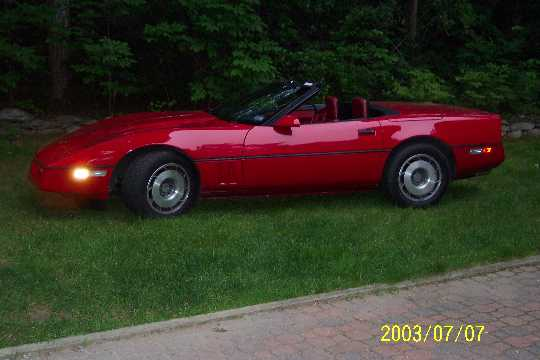 Click image for larger version  Name:87 vette.jpg Views:245 Size:19.9 KB ID:2327