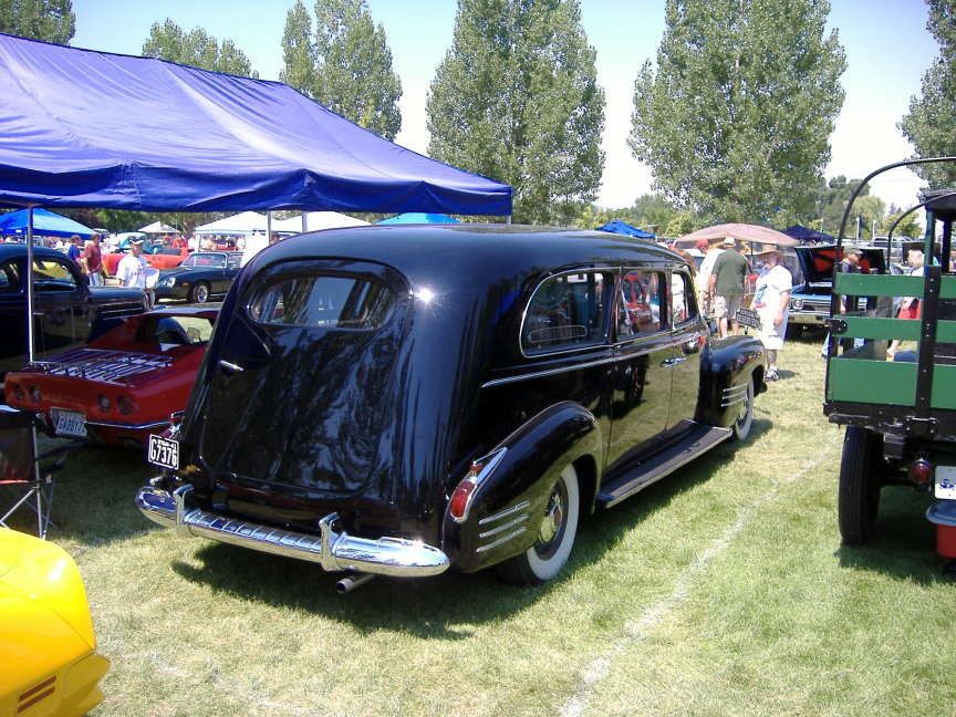 Click image for larger version  Name:aaahearse.JPG Views:119 Size:126.2 KB ID:22629