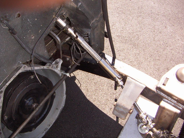 Click image for larger version  Name:ace fuel 40 steering shaft.JPG Views:138 Size:164.7 KB ID:20477