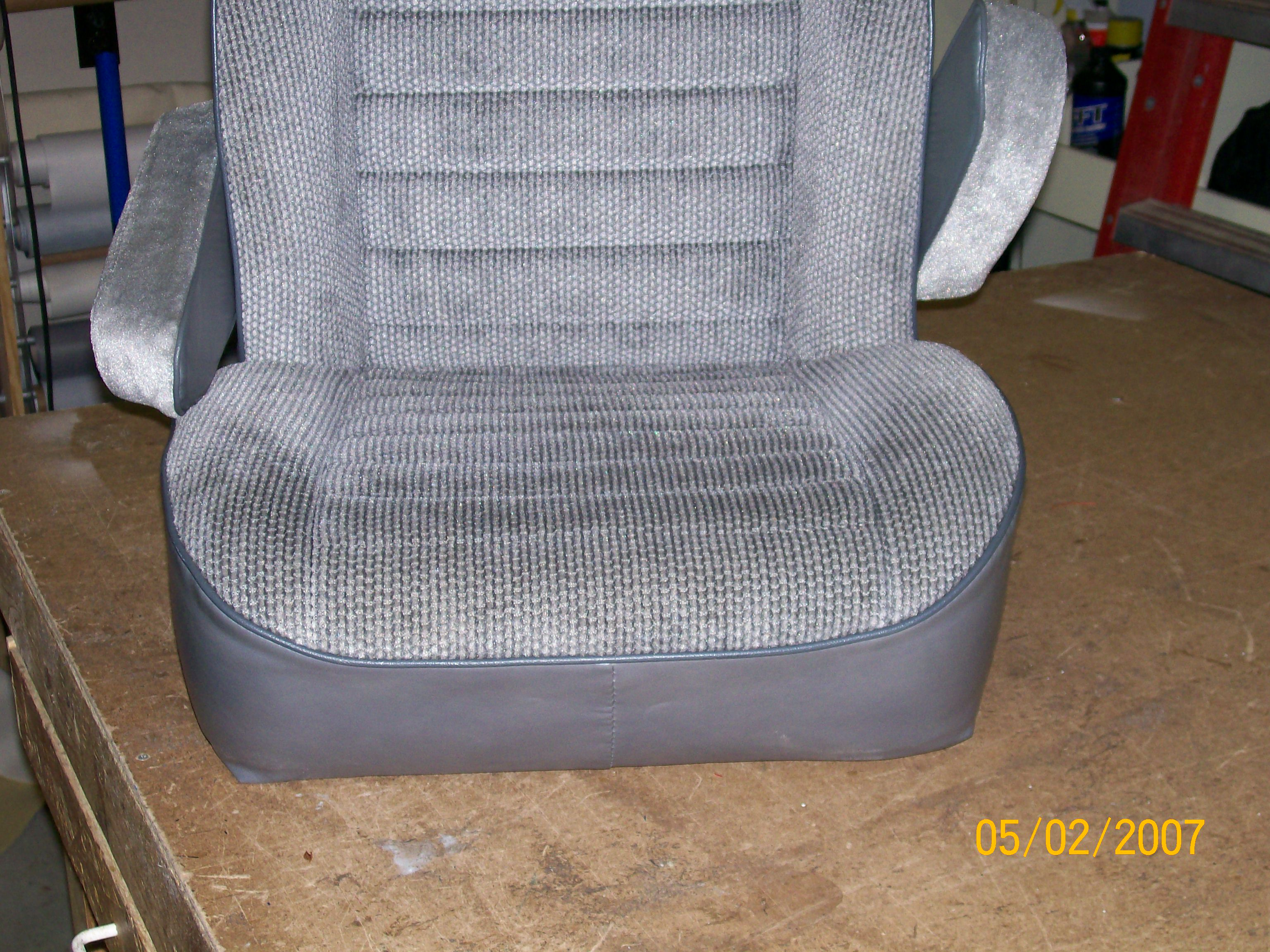 Click image for larger version  Name:Astro Seat 002.jpg Views:320 Size:1.20 MB ID:60964