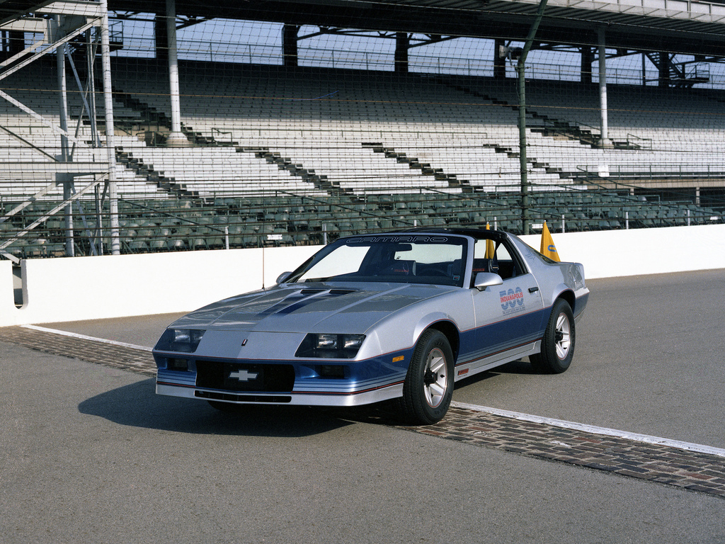 Click image for larger version  Name:autowp_ru_chevrolet_camaro_z28_indy_500_pace_car_2.jpg Views:305 Size:727.1 KB ID:60145