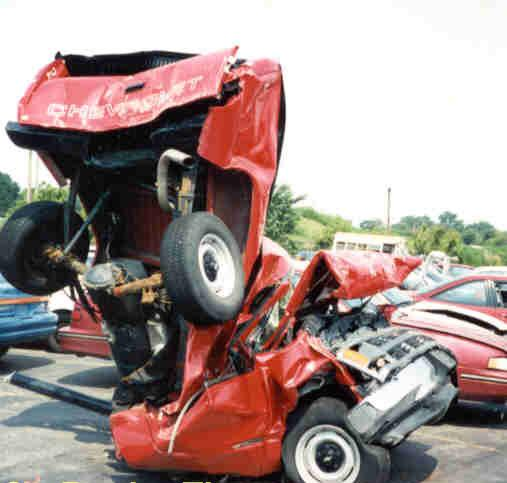 Click image for larger version  Name:Bad%20Wreck%20Truck.jpg Views:104 Size:32.3 KB ID:8754