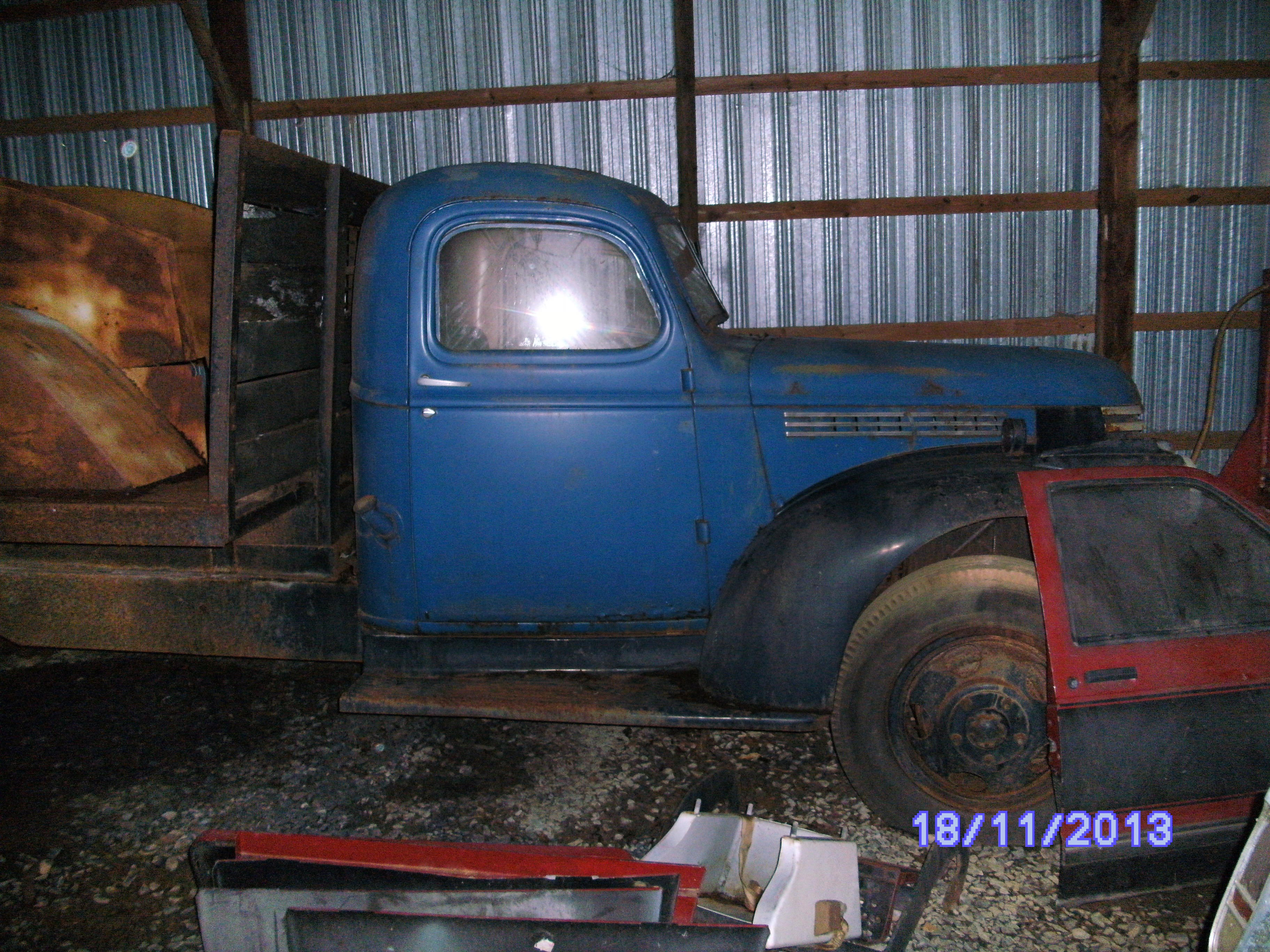 Click image for larger version  Name:BARN FINDS 012.jpg Views:89 Size:1.58 MB ID:91713