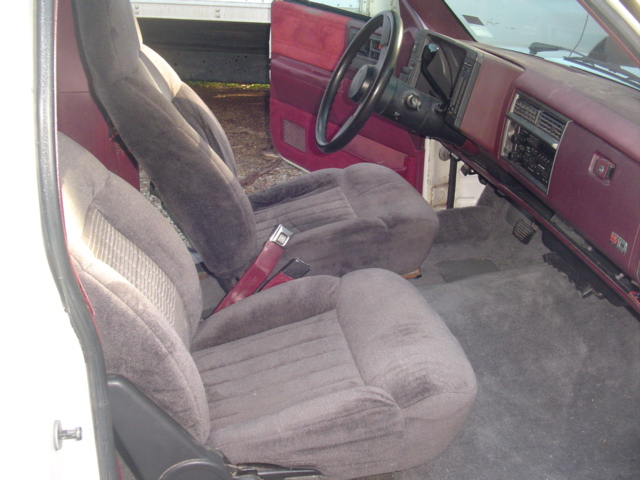 Click image for larger version  Name:blazer seats new1.JPG Views:100 Size:155.8 KB ID:67645
