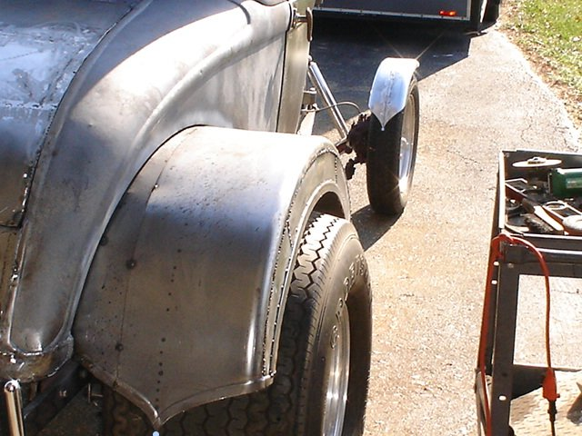 Click image for larger version  Name:blunted-fenders.jpg Views:130 Size:84.2 KB ID:33939