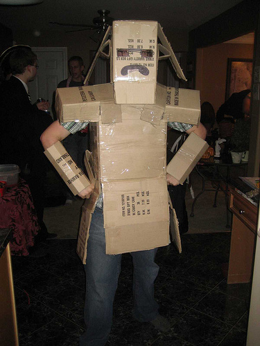 Click image for larger version  Name:box-halloween-costume.jpg Views:385 Size:96.3 KB ID:55904