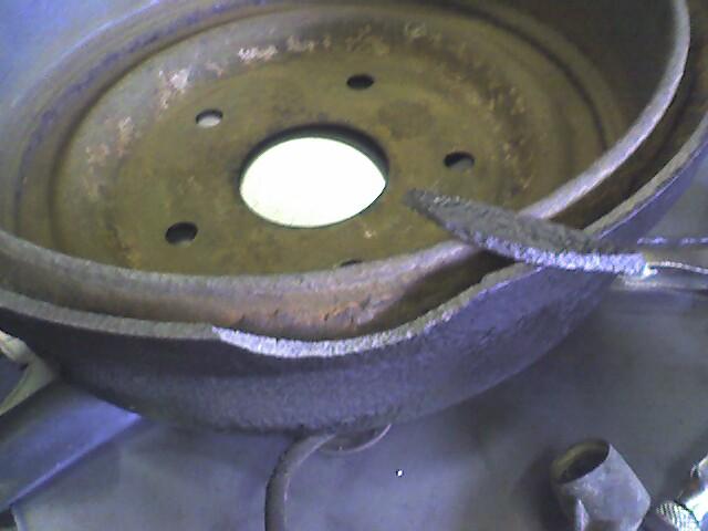 Click image for larger version  Name:brake drum.jpg Views:146 Size:56.6 KB ID:37055