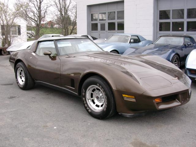 Click image for larger version  Name:brown vette angle.jpeg Views:111 Size:47.9 KB ID:11981