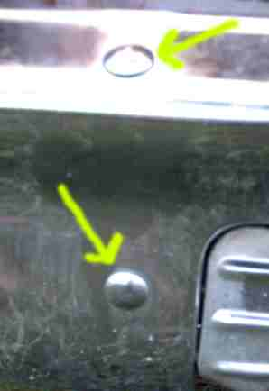 Click image for larger version  Name:bumper bolts 1.jpg Views:488 Size:6.2 KB ID:25