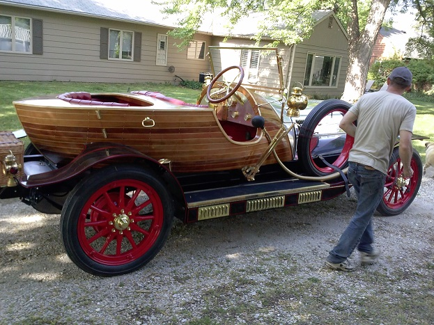 Click image for larger version  Name:chitty.jpg Views:250 Size:169.5 KB ID:74180