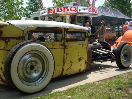 Click image for larger version  Name:Copyright2007RatRodderAlley2007-06-30-10.jpg Views:6575 Size:226.5 KB ID:39774