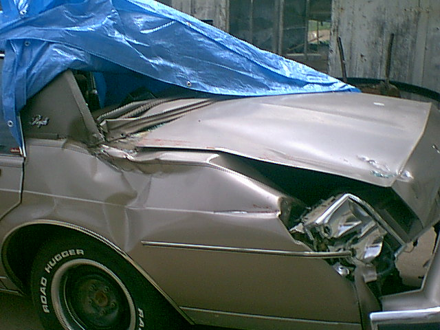 Click image for larger version  Name:crushed car.jpg Views:205 Size:81.5 KB ID:1765
