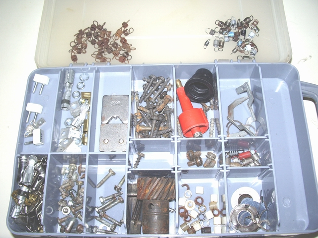 Click image for larger version  Name:dist weights and springs etc 001.jpg Views:332 Size:285.0 KB ID:39969