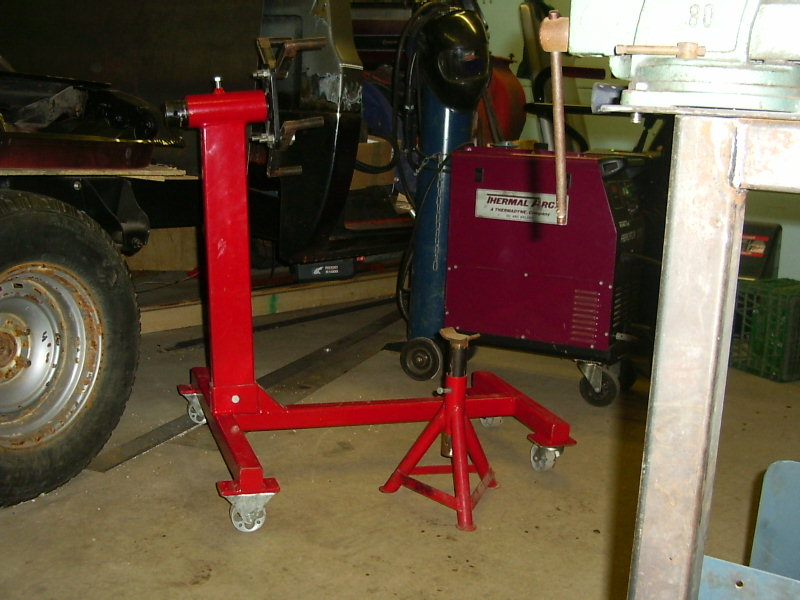 Click image for larger version  Name:engine and axle stand.jpg Views:997 Size:99.2 KB ID:3947