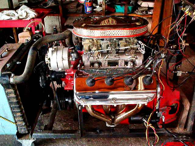 Click image for larger version  Name:engine with aircleaner.JPG Views:180 Size:60.3 KB ID:32337