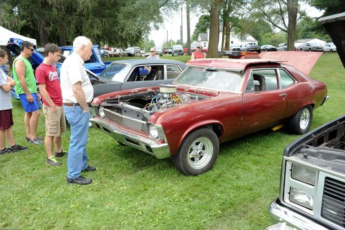 Click image for larger version  Name:Evart Car Club-CarShow 8-31-13-215.jpg Views:44 Size:90.1 KB ID:139090