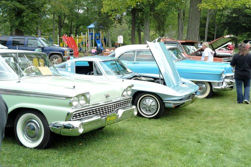 Click image for larger version  Name:Evart Car Club-CarShow 8-31-13-223.jpg Views:49 Size:84.2 KB ID:139114