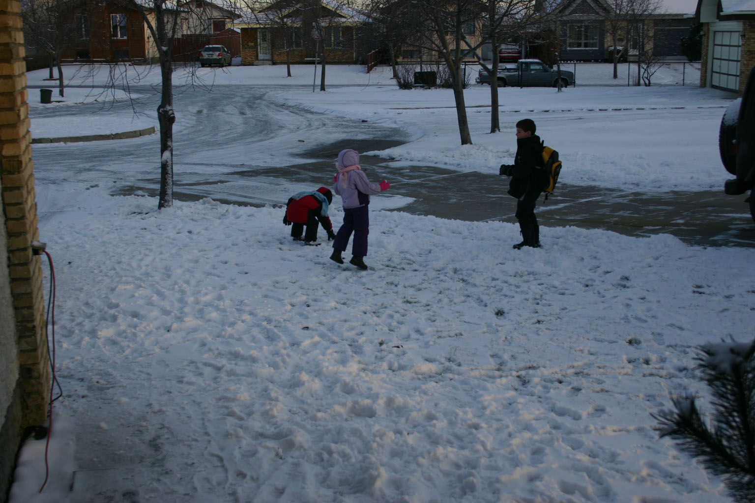 Click image for larger version  Name:first snow.jpg Views:139 Size:228.6 KB ID:3138