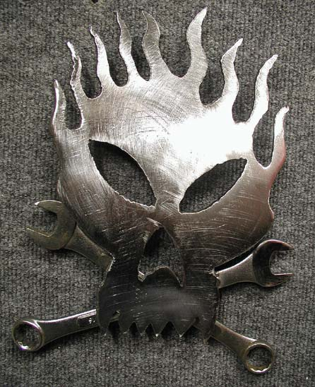 Click image for larger version  Name:fLAMING SKULL_1-31-05.jpg Views:235 Size:91.7 KB ID:7031