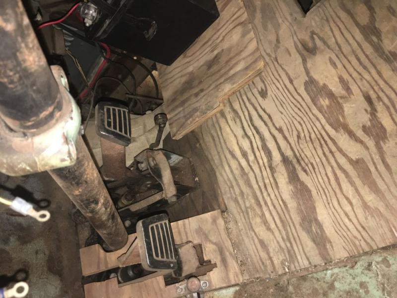 Click image for larger version  Name:floorboards.jpg Views:46 Size:73.9 KB ID:445303
