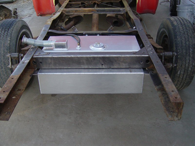 Click image for larger version  Name:Fuel tank mounted.JPG Views:173 Size:106.0 KB ID:41229